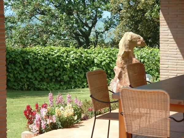 """veranda con aiuole fiorite """"Quercia"""""""